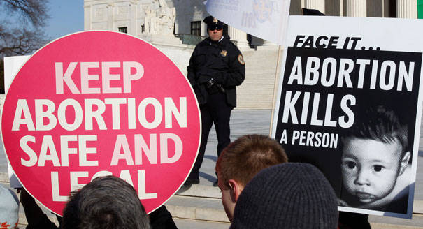 120824_abortion_protest_reuters_328